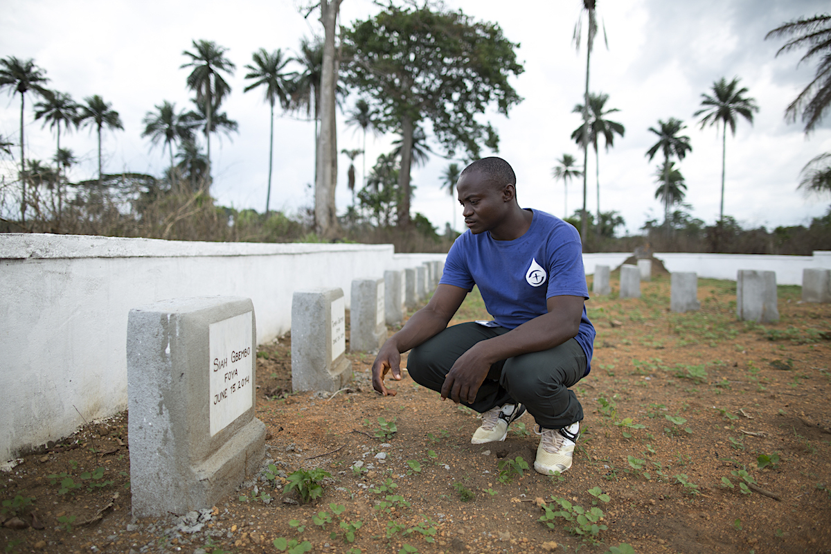 Joseph Gbembo in the documentary about Ebola, Facing Darkness